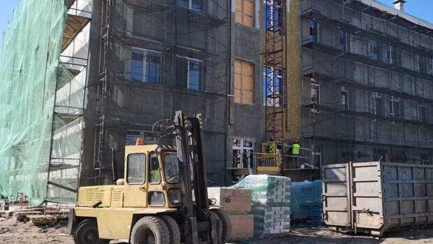 Работы по реконструкции судостроительного колледжа в Петербурге завершатся летом