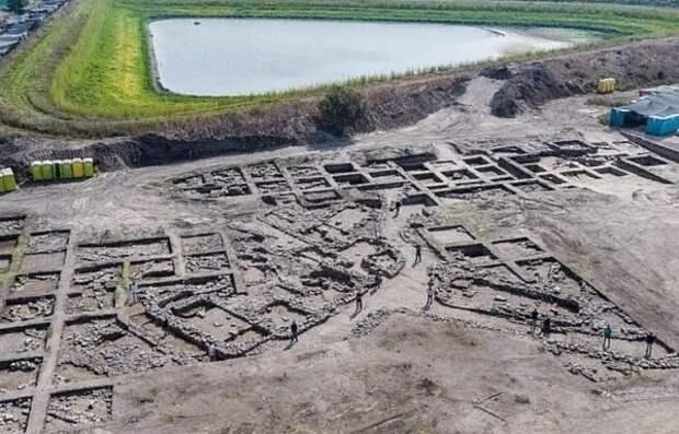 В Израиле обнаружили «мегаполис» возрастом пять тысяч лет