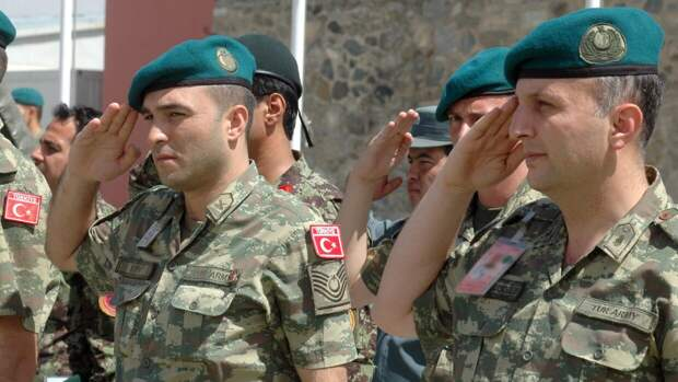Турция намерена превратить боевиков «Хайят Тахрир аш-Шам» в собственную армию в Сирии