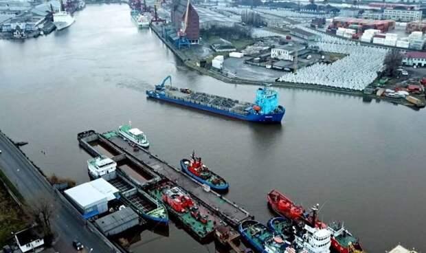 """На зависть """"тиграм"""": порт Калининграда опробовал новый маршрут «Шелкового пути»"""
