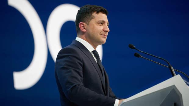 Зеленский пригласил Байдена посетить Украину с визитом
