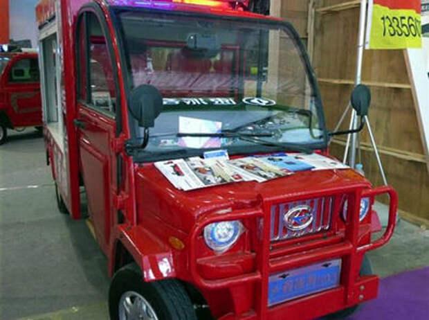 Жук-пожарник: китайцы построили невероятный спецавтомобиль