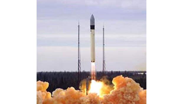 Ракета-носитель «Рокот» с военными спутниками стартовала с Плесецка