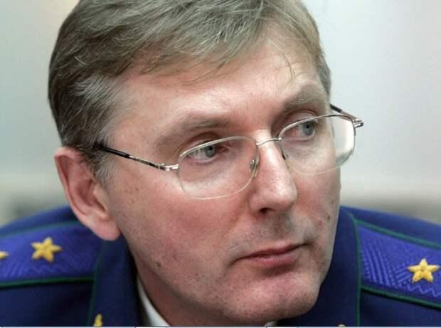 Стали известны подробности дела против задержанного генерала ФТС