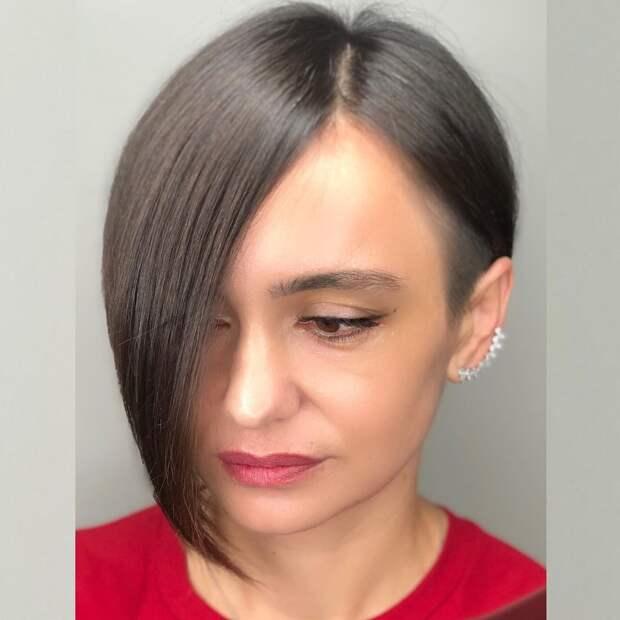 15 стрижек с короткими висками для дам 40-50 лет с разными оттенками волос