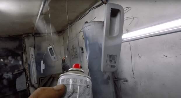 Интересный способ восстановить потёртый пластик салона авто