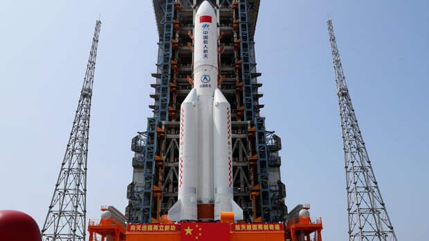 """МИД КНР: обломки неуправляемой ракеты """"Чанчжэн-5Б"""" сгорят в атмосфере"""