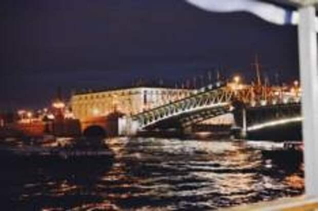Гайд для тех, кто хочет застать развод мостов в Петербурге