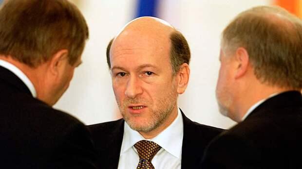Хазин: Волошин и Чубайс вполне могли провернуть комбинацию с задержанием либерального журналиста