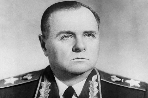 Маршал Советского Союза Кирилл Афанасьевич Мерецков в 1957 году. Фото Владимира Савостьянова / ТАСС