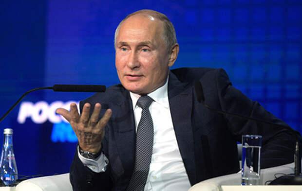 Путин поручил правительству отреагировать на рост цен на жилье