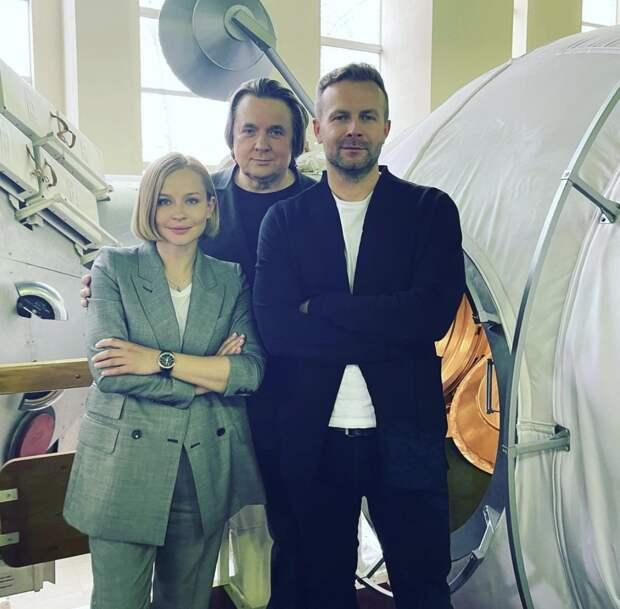 СМИ: Юлия Пересильд и Клим Шипенко полетят на МКС