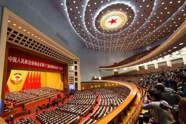 В КНР сравнили версию создания COVID с заявлениями о химоружии в Ираке