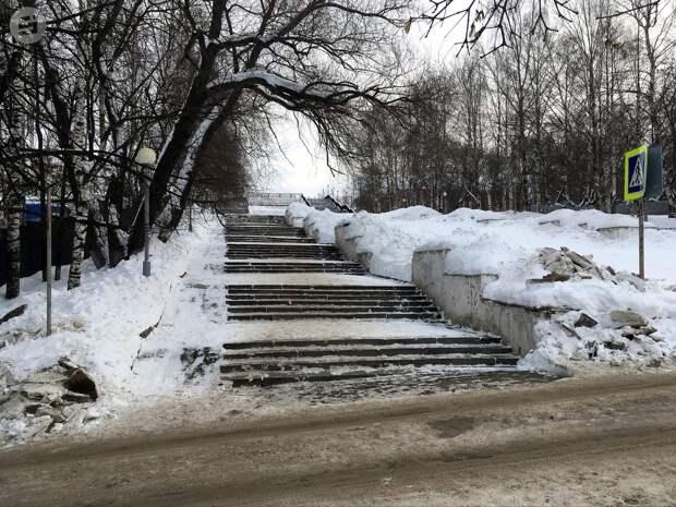Реконструкцию спуска к набережной в Ижевске закончат к осени 2021 года