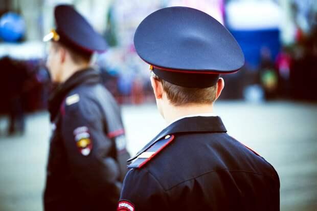 Сотрудники МВД России задержали подозреваемых в организации проституции