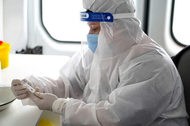 В Крыму готовятся начать массовую COVID-вакцинацию врачей «скорой»