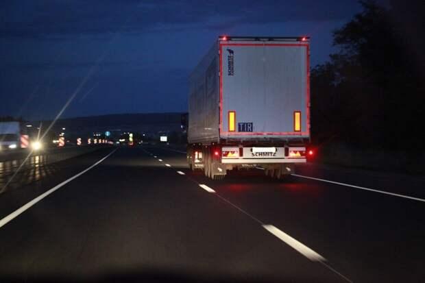 Литовские перевозчики просят власть позвать на помощь больше иностранцев