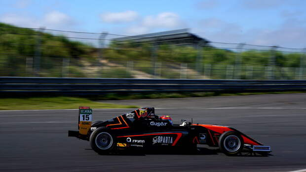 Смаль иБердин попали наподиум немецкой «Формулы-4»