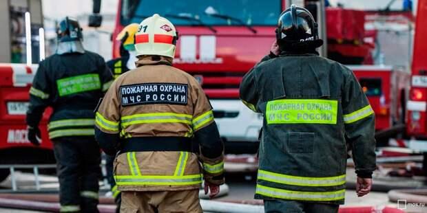 В доме на 1-ой Ямской пожарные потушили крышу