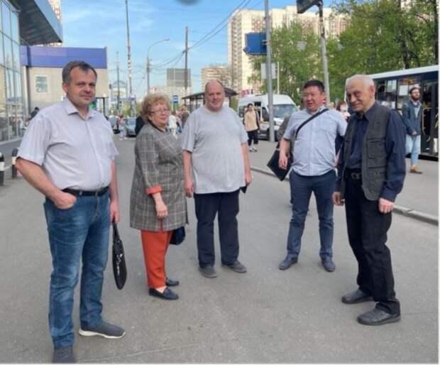 Санитарное состояние гаражей недалеко от метро «Алтуфьево» будут держать на контроле