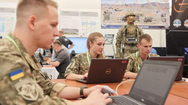 «Урегулирование мнимых трудностей»: что известно о создании национальных «кибервойск» на Украине