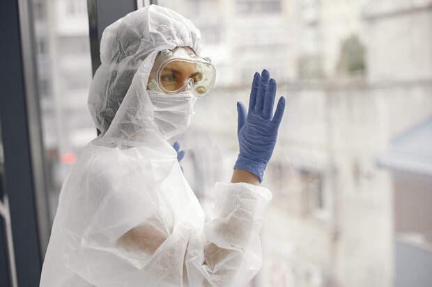 В России за сутки выявлено 8832 случая коронавируса