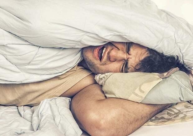 Как заснуть за 2 минуты: способ, который используют в армии США.