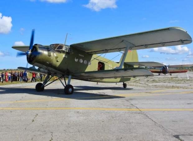 Самолёт Ан-2 с пассажирами на борту перестал выходить на связь после вылета