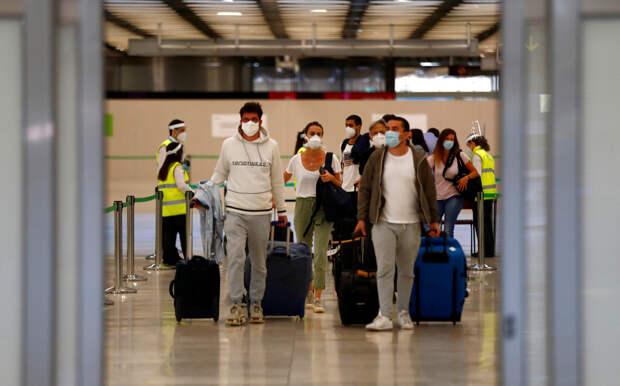 «Снизить мобильность вирусов»: Нассим Талеб — о мерах борьбы с COVID-19, удалённой работе и последствиях пандемии