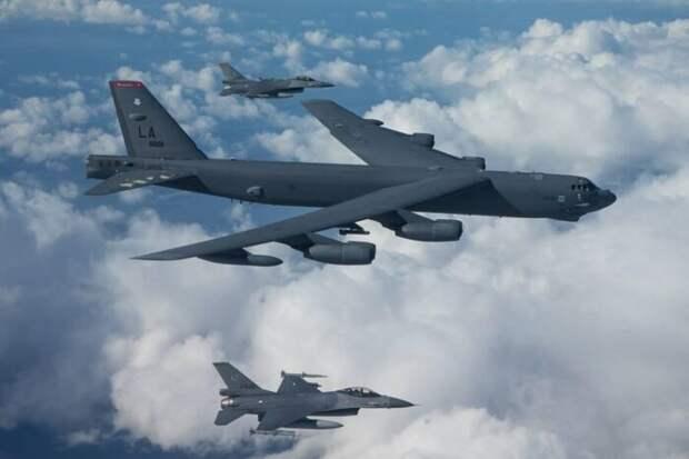 Самолеты НАТО массово отработали нанесение ударов поРФ сюга, запада и севера