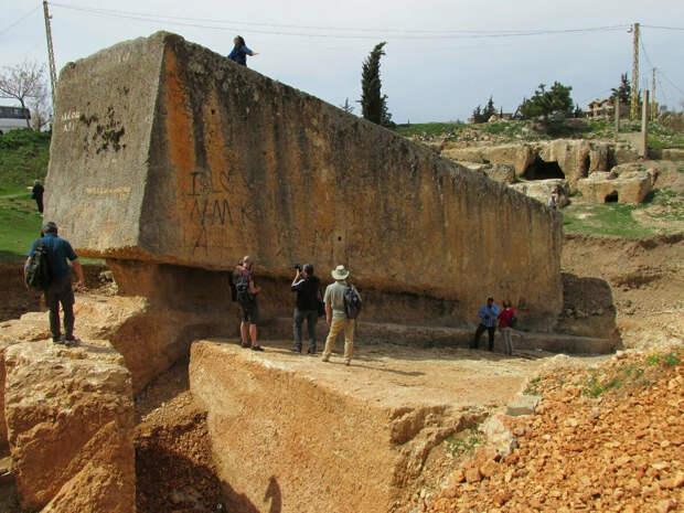 Самый большой обработанный камень (Иллюстрация из открытых источников)