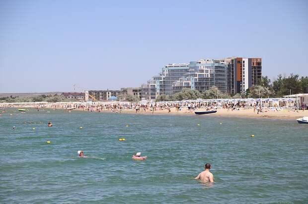 Вильфанд: купальный сезон на Черном море начнется во второй половине июня 2021