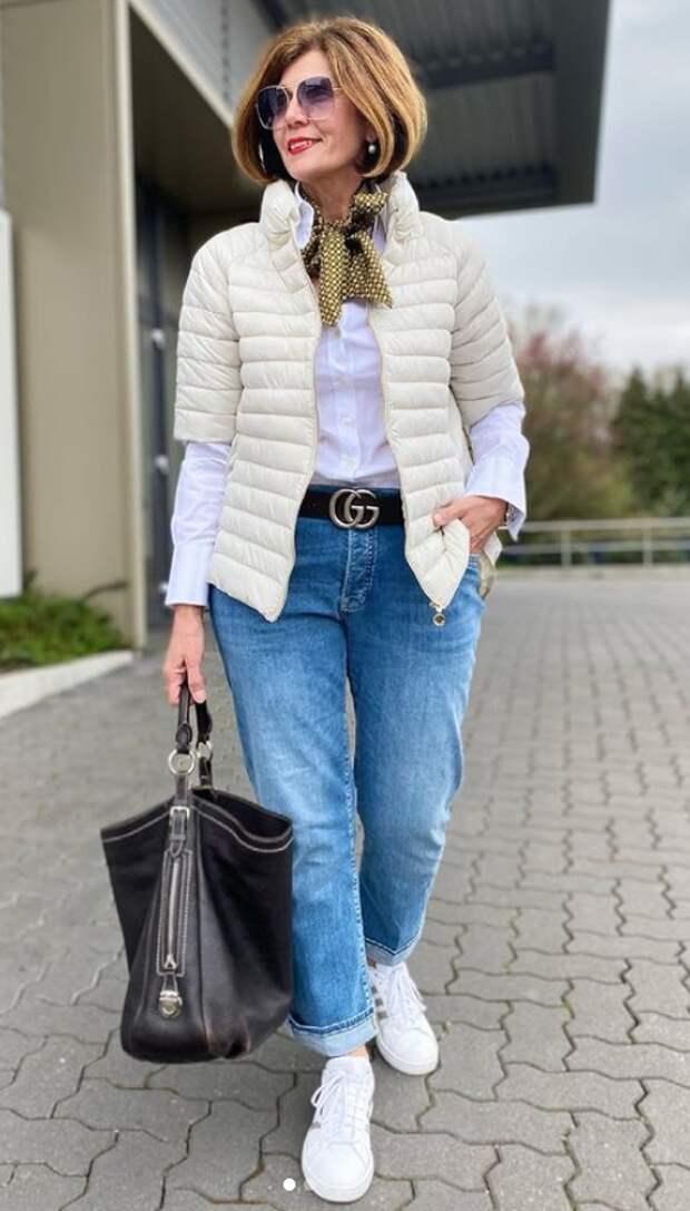Отличная осенняя и зимняя верхняя одежда для женщин