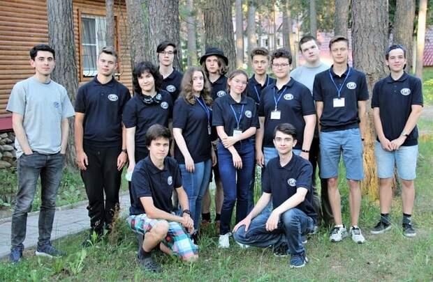 Российские школьники завоевали 12 медалей