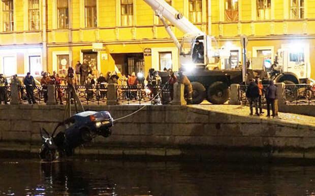 Как риелтор стал пловцом. Хроники ДТП в Петербурге