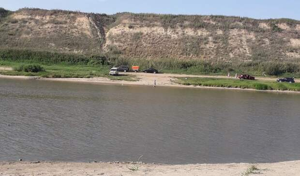 Омичи ждут, когда река вернет утонувшую молодую мать