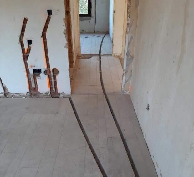 Объясняет строитель: почему нельзя и опасно штробить стены, потолок и пол