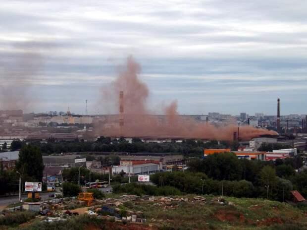 Завод «Ижсталь» перестанет выбрасывать рыжий дым