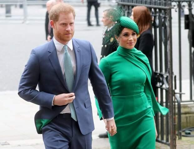 Как королева восприняла новость, что Меган Маркл не будет на прощании с принцем Филиппом