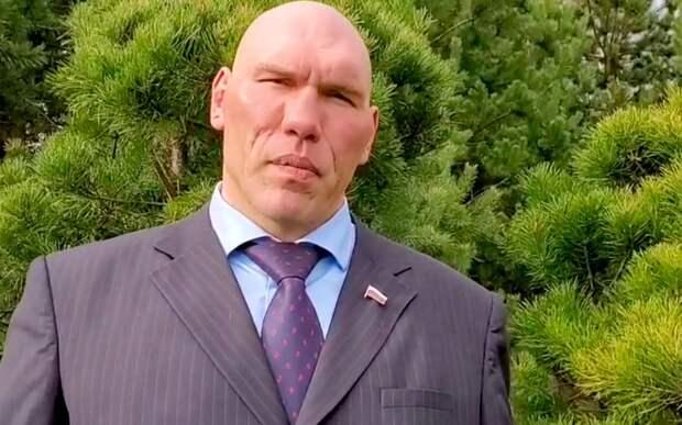 Валуев отреагировал на трагедию в школе в Казани
