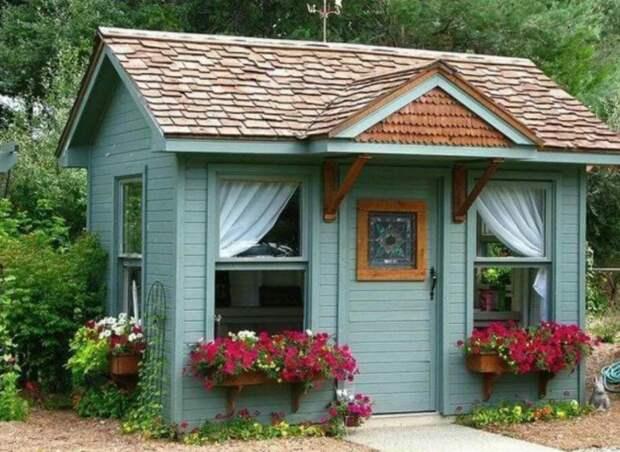 Маленькие садовые домики и почему у нас таких нет