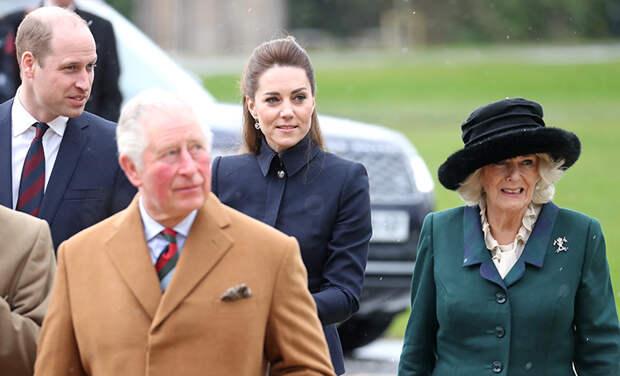 Кейт Миддлтон и принц Уильям, принц Чарльз и герцогиня Камилла поздравили Елизавету II с 95-летием