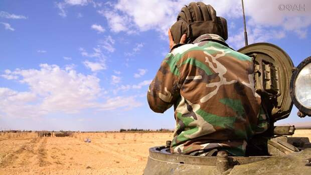 Удар в спину: был ли шанс у военных РФ выжить при подрыве автомобиля в Хомсе