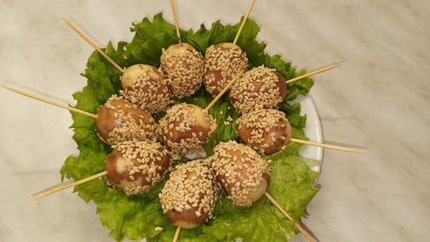 Вкусная и оригинальная закуска из перепелиных яиц/ Яйца по - тайски