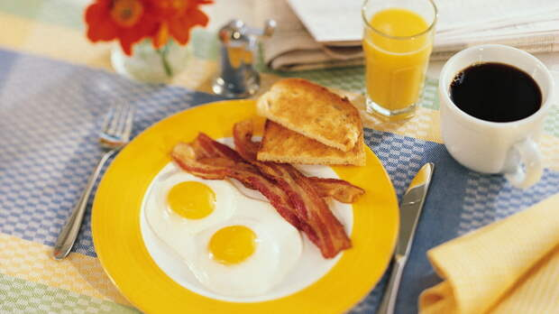 Каким должен быть идеальный мужской завтрак