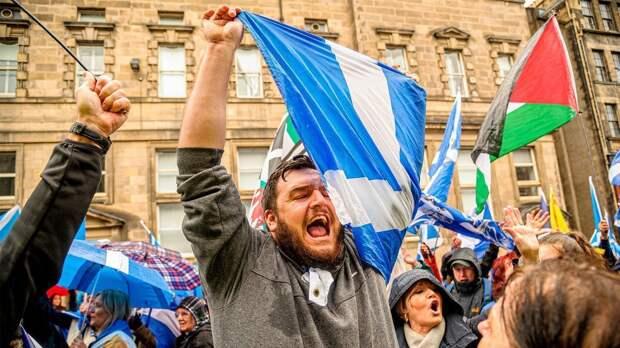 Националисты в Шотландии готовят референдум о независимости. Что об этом думают местные жители и власти Британии?