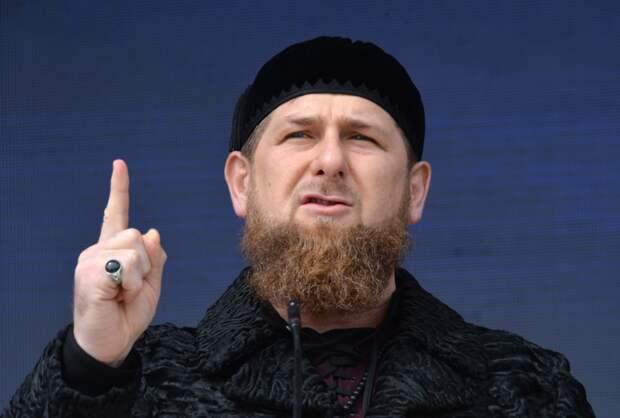 Кадыров удивлён заявлением главы Минобрнауки о запрете ношения хиджаба в школах