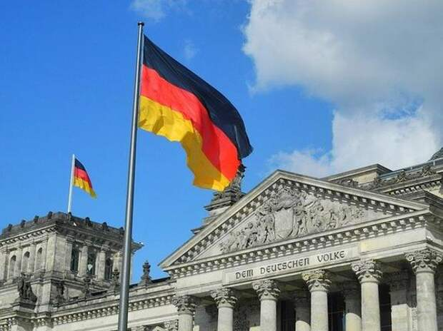 Опрос показал, что жители Германии считают США большей угрозой, чем Россию