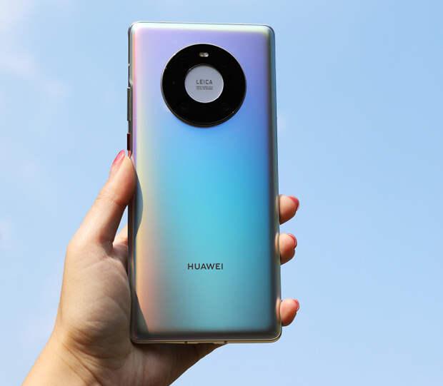 Почти 80% покупателей смартфонов в Китае выбирают Huawei