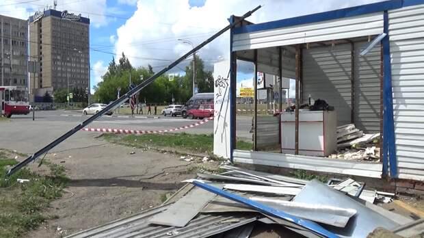 Торговавший алкоголем ларёк снесли в Ижевске